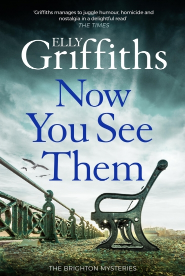 Now You See Them - Elly Griffiths & Simon Beckett - The Scent of Death