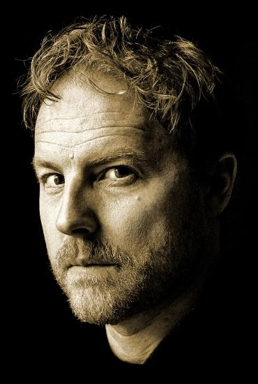 How to … Read out Loud: Samuel West